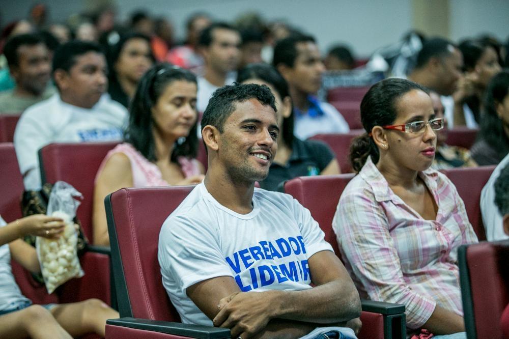 ILegislativo aprova fundo municipal para geração de emprego e renda Banco do Povo