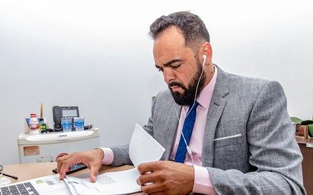 IAurélio Goiano sugere adicional de insalubridade para servidores, assistência técnica habitacional e merenda escolar